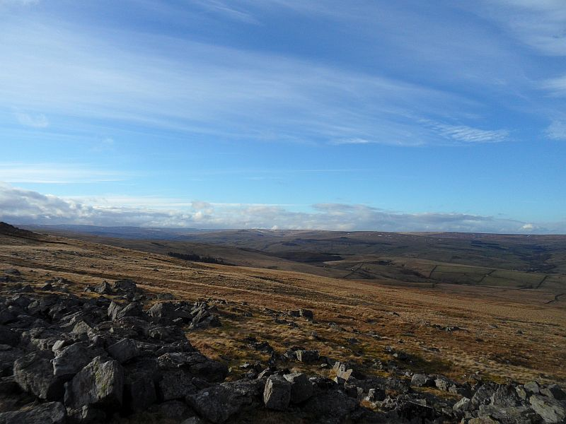 Middlehope valley from the cairn on Carrs Top